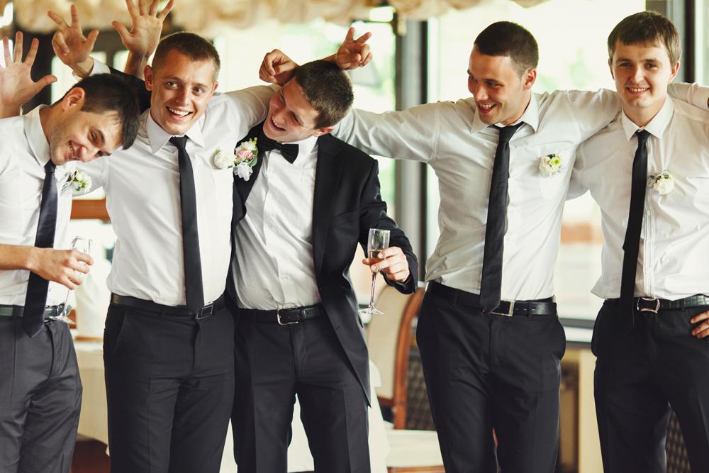 Stripperin für Polterabend oder Hochzeit buchen » Chantal-Strip.com
