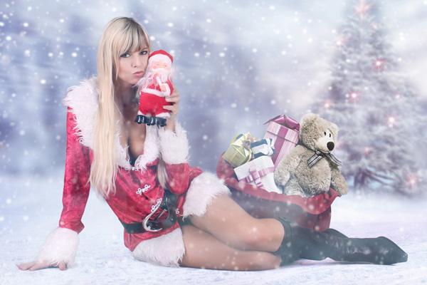 Stripperin für Weihnachtsfeier buchen - Chantal-Strip.com