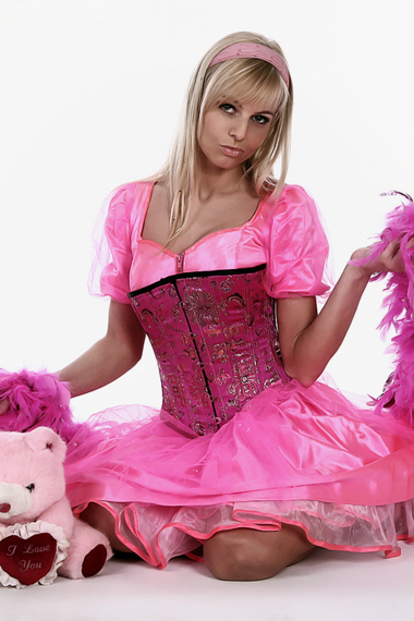 Stripperin als Barbie Girl buchen - Chantal-Strip.com