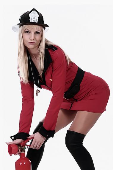 Stripperin als Feuerwehrfrau buchen - Chantal-Strip.com